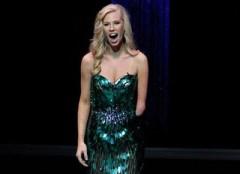 Nicole Kelly: La nuova miss Iowa non ha un braccio